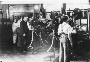 PROJECTION ROOM ODEON143 (1)