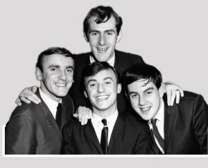 Gerry_and_the_Pacemakers_group_photo_1964B